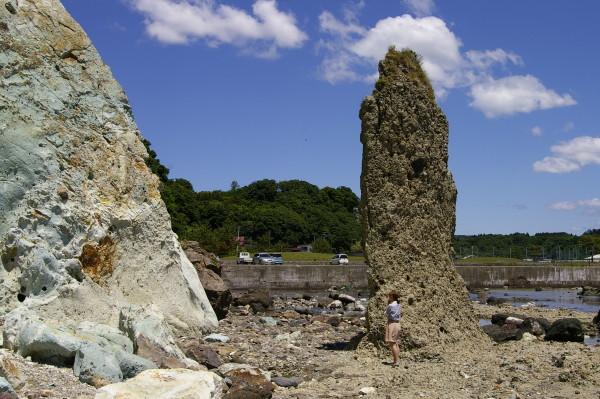 【近景】ろうそく岩